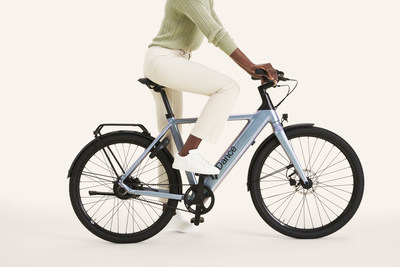 The Dance ebike is designed for people who are looking for a joyful way to explore their city: on a full charge, the battery can last up to 55km.